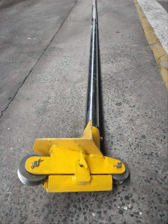 <span>井下滑轮装置</span>